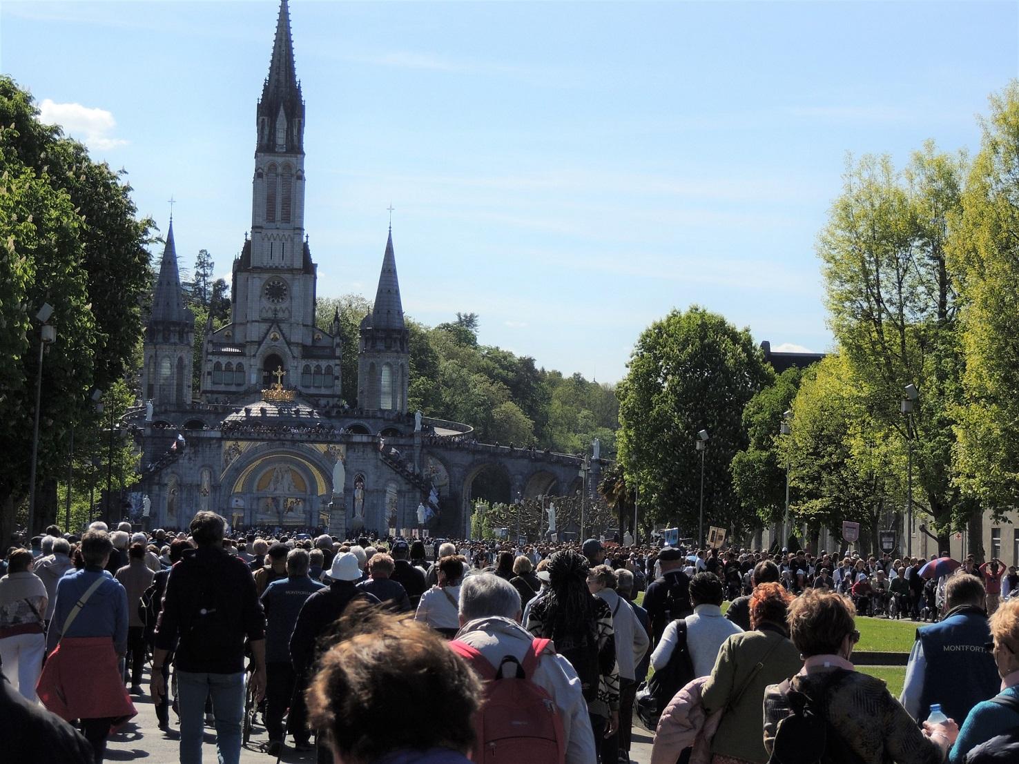 Que de monde à Lourdes !