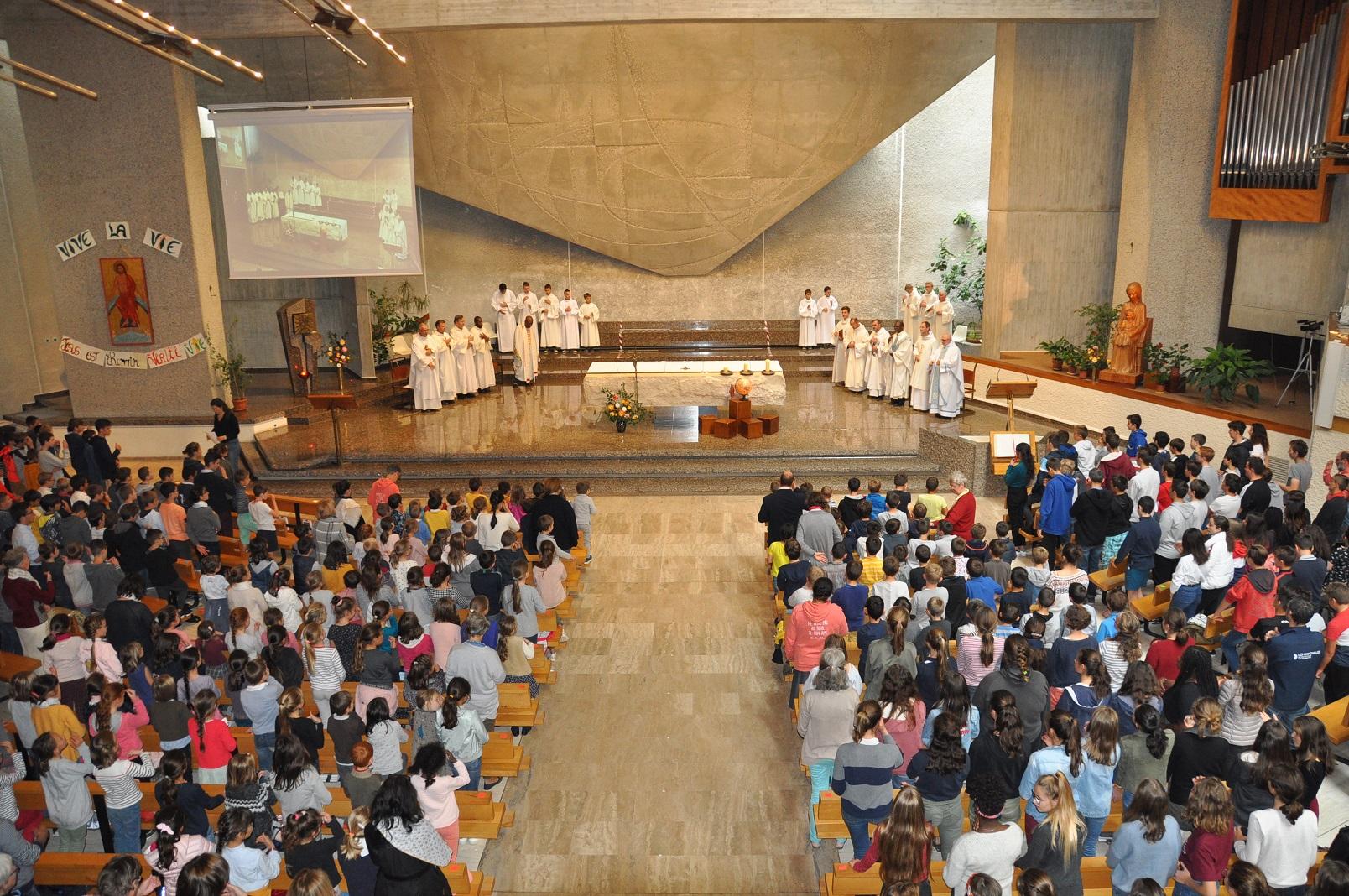 début de l'Eucharistie